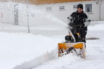 Schneeräumarbeiten