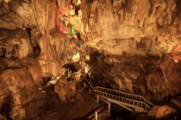 Tum Jung Cave in Vang Vieng, Lao