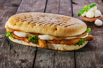 grilled sandwich with chicken and mozzarella cheese