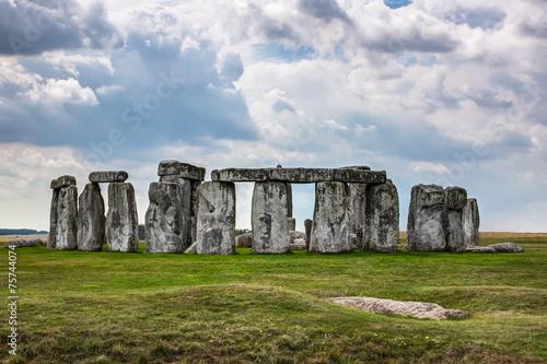 Stonehenge, England, UK - 75744074