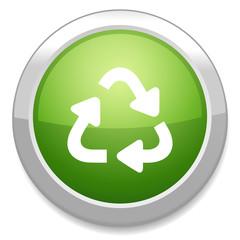 Recycle bin icon. Reuse / reduce symbol.