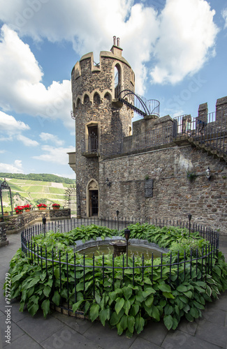 Leinwandbild Motiv Reichenstein castle in famous rhine valley, Germany