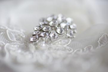 Wedding jewelery with diamond