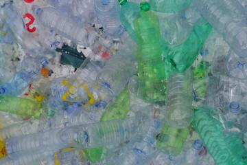 Inqinamento spiaggia e mare: rifiuti urbani