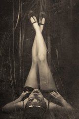 sensual woman of the 30s