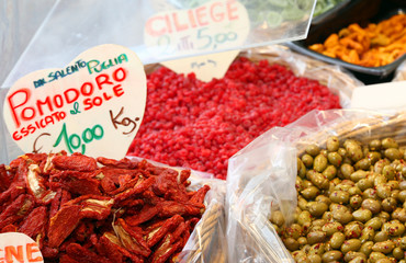 Italian sun-dried tomatoes and candied fruits for sale