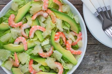 salad with shrimp, avocado and grapefruit