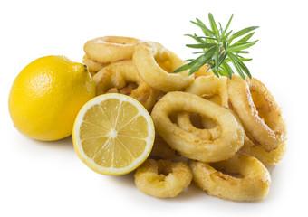 Calamares fritos con limón
