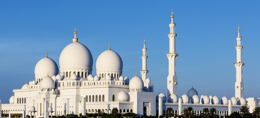 Panoramic view of Sheikh Zayed Grand Mosque