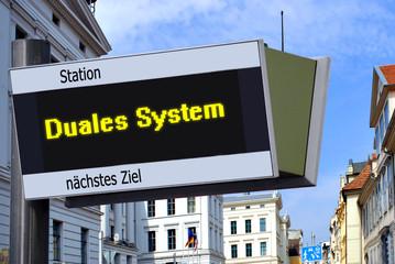 Anzeigetafel 7 - Duales System