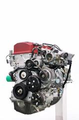 クルマのエンジン