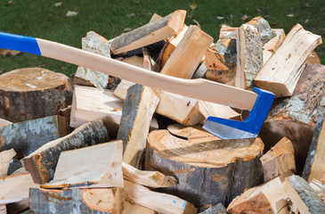 Axe for splitting wood