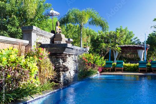 canvas print picture Balinesian Resort