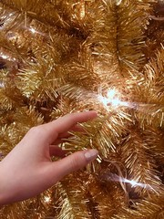 chirstmas tree and hand