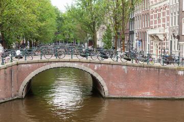 Brücke über eine Gracht, Amsterdam
