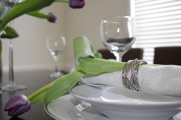 Tulip table setting