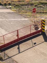 Puerta Cerrada En Paso A Nivel
