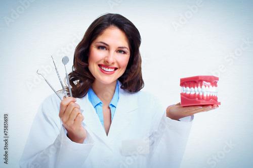 mata magnetyczna Dentysta kobieta.