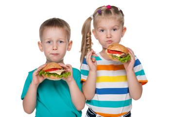 Children with hamburgers