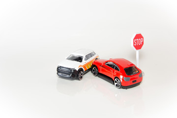Autounfall mit Modellautos