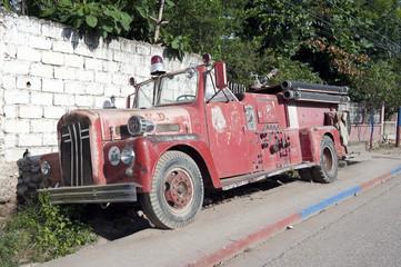 Altes feuerwehrauto, Jacmel, Haiti