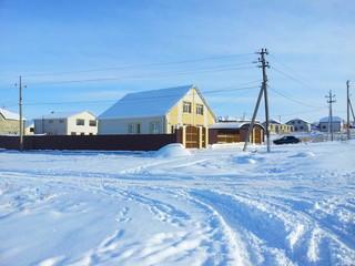 Дорожные покрыты снегом