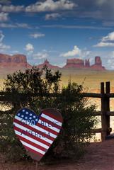 Patriotische Dekoration am Monument Valley, USA
