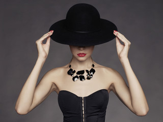 Elegant lady in hat