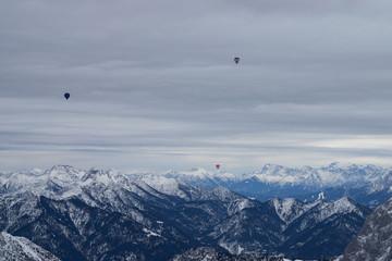 Ballonfahrt über Österreich
