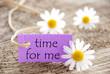 Lila Etikett Mit Time For Me Und Mageriten - 75901617