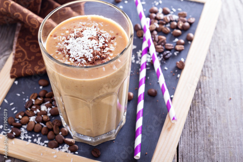 Coconut coffee chocolate smoothie - 75905079