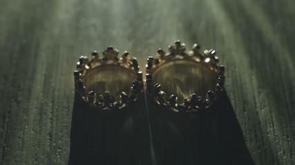 Wedding rings - light effect