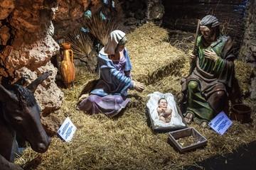 Figures representing Christmas nativity scene