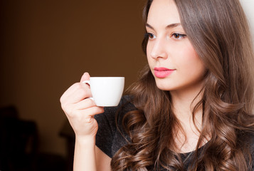 Coffe with a brunette beauty.