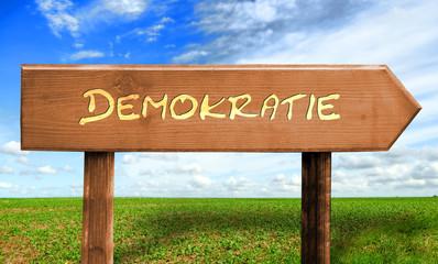 Strassenschild 30 - Demokratie