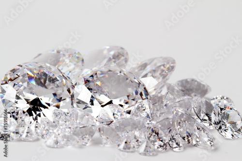 輝くダイヤモンド - 75918666