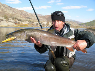Fishing - taimen fish Siberia Mongolia