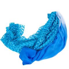 Два синих шарфа на белом фоне