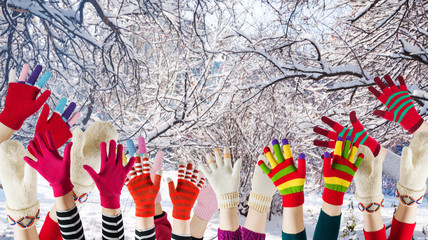 winter mittens and gloves