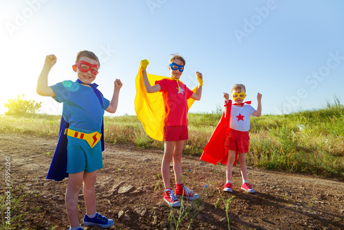 children superheros - 75950261