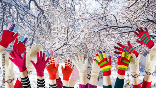 winter mittens and gloves - 75950295