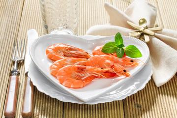 Fresh shrimp on a platter