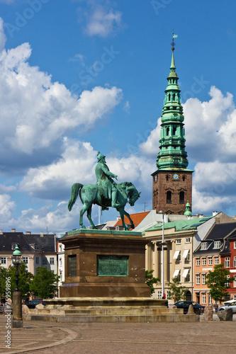 Schlossplatz Christiansborg mit Reiterdenkmal