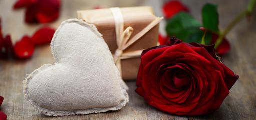 Herz,Geschenk,Rose
