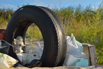 plastica rifiuti abbandonati