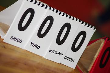 tournoi de judo - table des juges