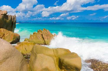 Rocks Shore Getaway