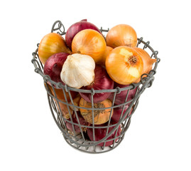 red and yellow onion in an iron basket