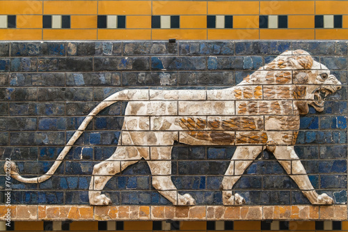 Foto op Canvas Wand Mosaic of a Lion on the Ishtar Gate