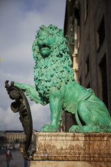 Bayerischer Löwe am Eingang der Residenz